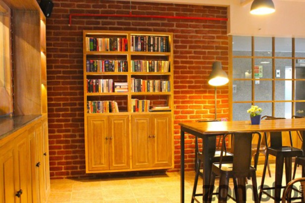 Book cafes- best entertainment sites in Delhi