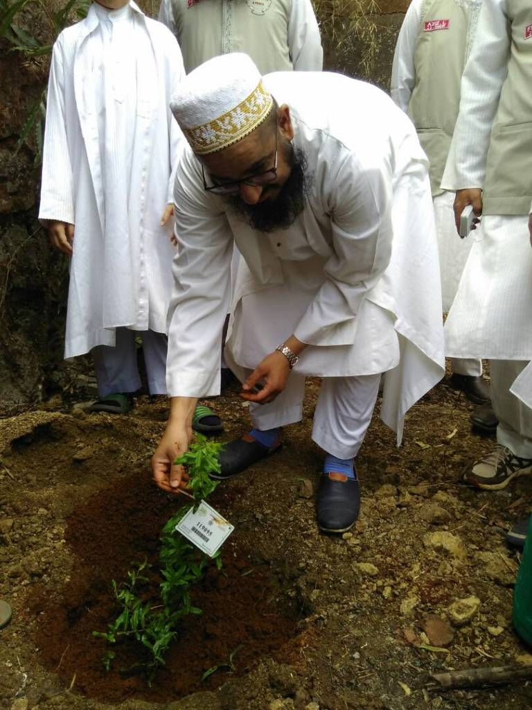 Tree Plantation Drive by Bohra Community Members